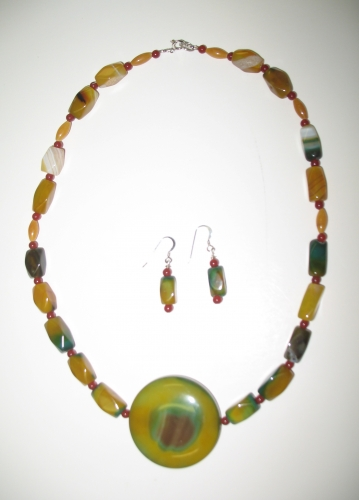 Bullseye Agate Necklace and Earrings